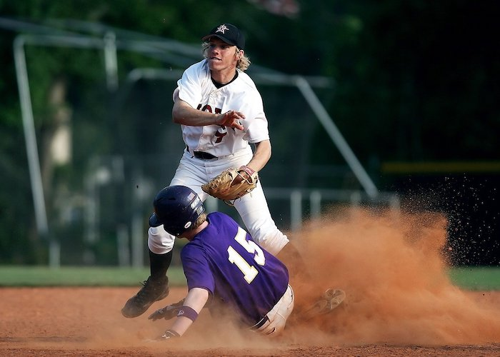 How Long Does a High School Baseball Season Last?